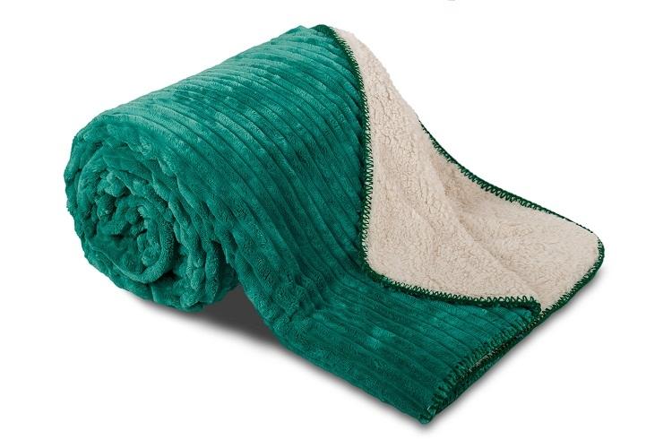 Deka Ovečka Smaragdově zelená Vlnka