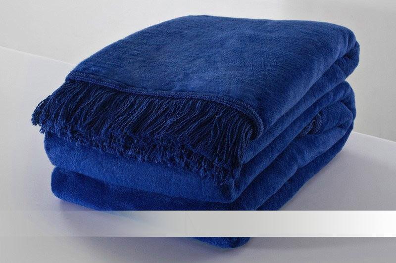 Modrá deka s třásněmi - bavlněná deka