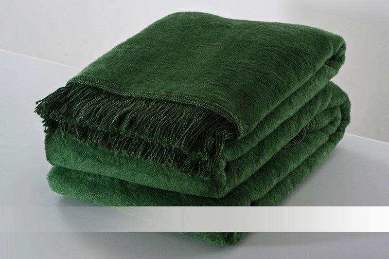 Zelená deka s třásněmi - bavlněná deka