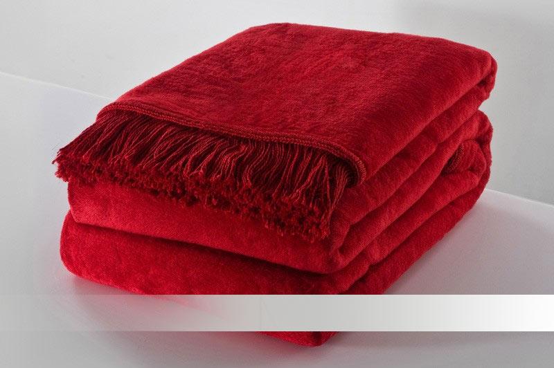 Červená deka s třásněmi - bavlněná deka